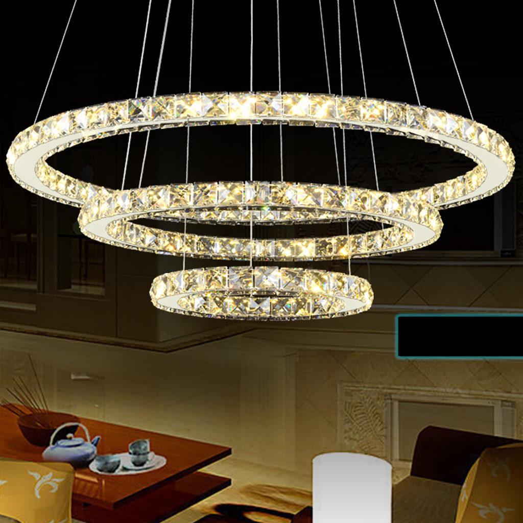 Lampadario Con Strisce Led lampadario led moderno con 3 anelli in cristallo b50